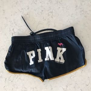 Sport booty shorts